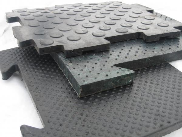 резиновые покрытия с монолитной- однородной структурой