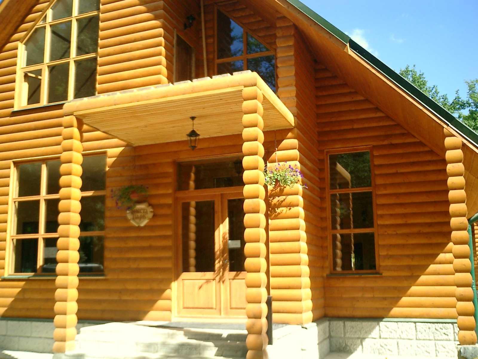 Наша компания занимается строительством домов, беседок, бань, беседок, бытовок, каркасно-щитовых домов в александрове.